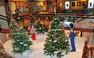 Festival of Trees   Nantucket Whaling Museum