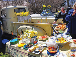 Nantucket Daffodil Festival Picnics