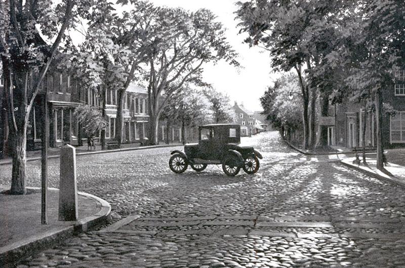 Cars on Nantucket   Nantucket History