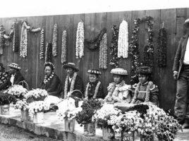Hawaiian Lei Vendors | Nantucket History