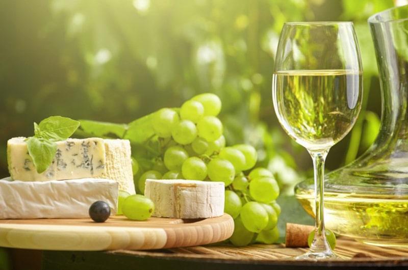 wine and cheese | Nantucket, MA