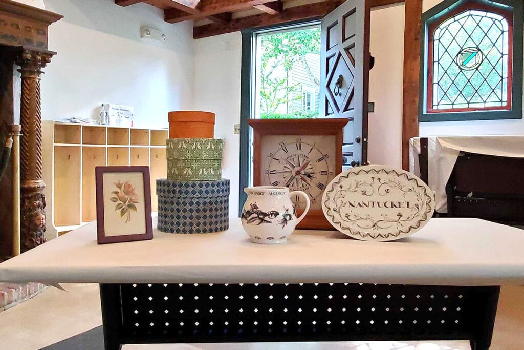 Decorative Arts Classes in Remarkable Historic Home